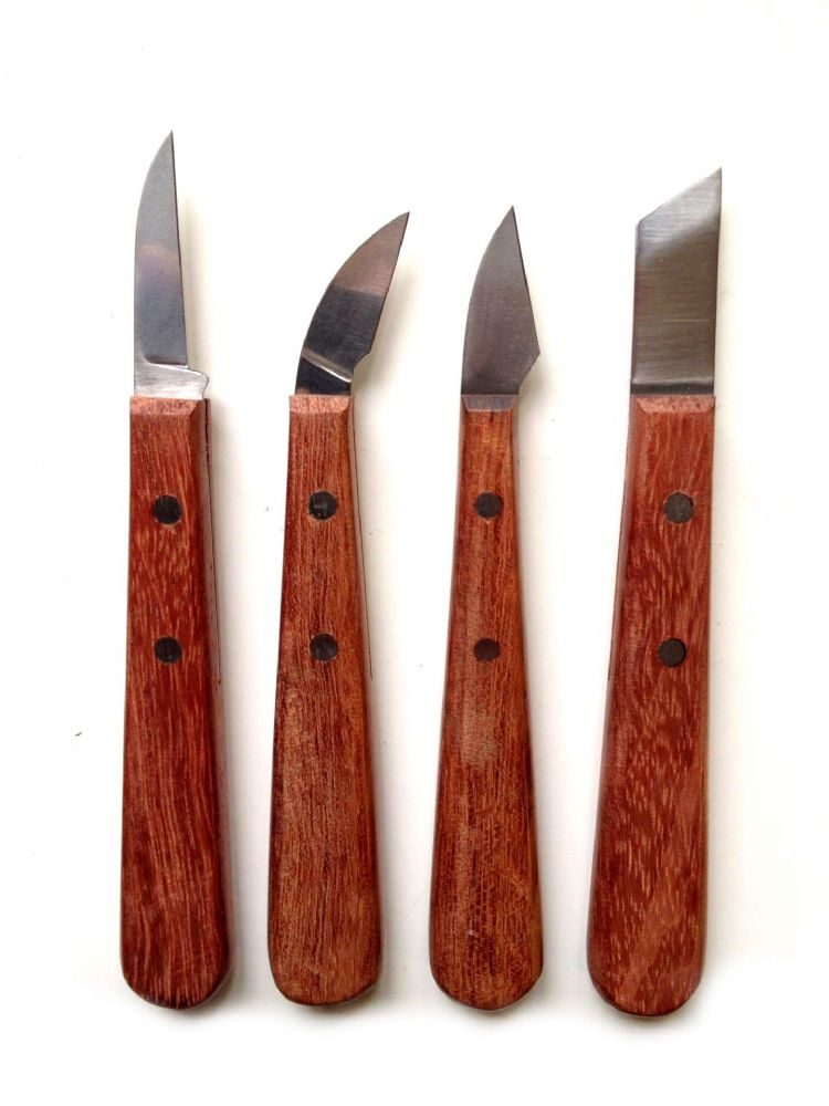 Set of chip carving knives